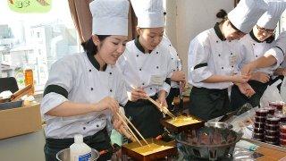 第27回「味まつり」(函館短期大学付設調理製菓専門学校 学校祭) レビュー