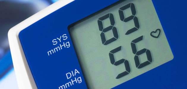 أعراض وأسباب الضغط المنخفض .. دليلك الشامل لكل مايتعلق بانخفاض الضغط