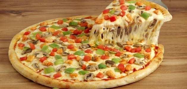 افضل وصفة لعمل البيتزا في المنزل