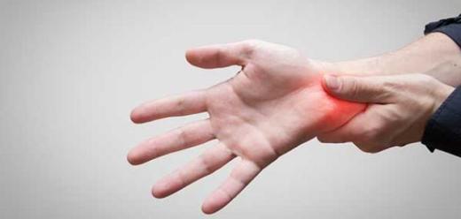أعراض متلازمة نفق الرسغ