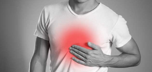 حرقة المعدة (Heartburn) نظرة شاملة على هذه الحالة التي يعاني أغلبنا منها