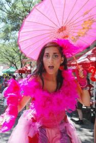 Hala on Stilts - Toronto Buskerfest preview 2011