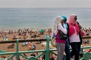 1022758_British_Muslims