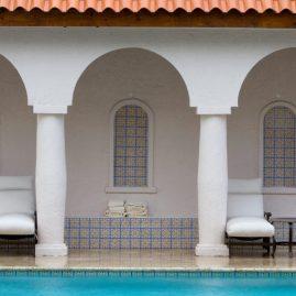 06 - Courtyard pool