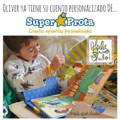 Oliver disfrutando de su cuento personalizado con SuperProta #SCSuperProta