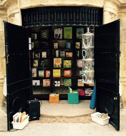 La Biblioteca Al aire libro de Unpuntocurioso sigue abierta en el Parque San Francisco