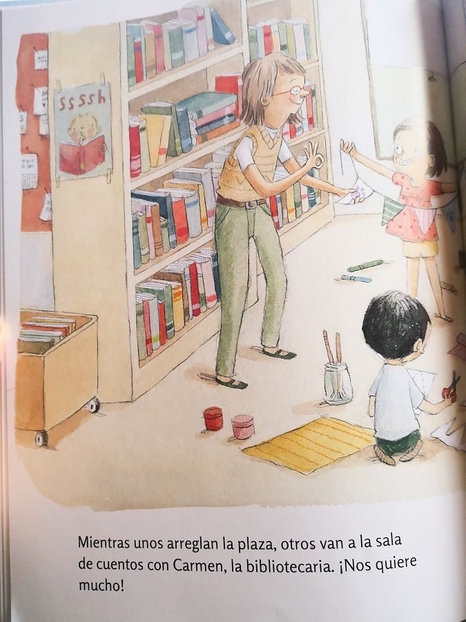 Carmen es la bibliotecaria del barrio de Violeta