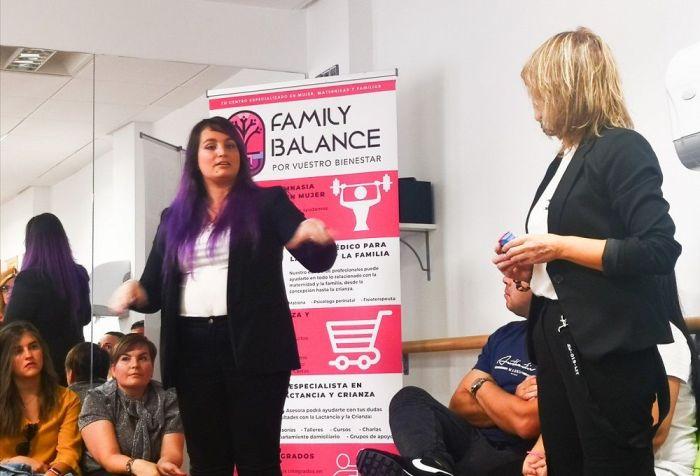 Patricia y Sara en un momento del debate que tuvo lugar en la reinauguración de Family Balance