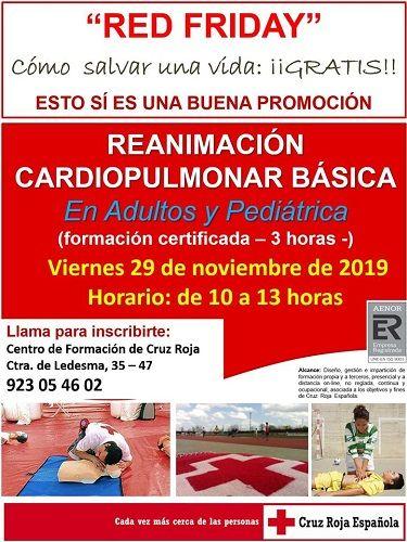 Red Friday de Cruz Roja, taller de RCP en Cruz Roja Salamanca