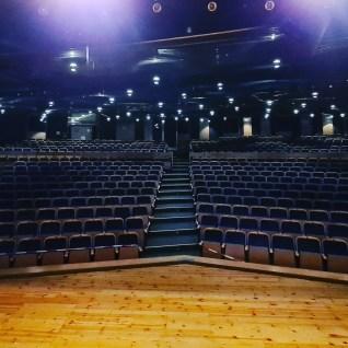 Das Klassenzimmer als Bühne. 1