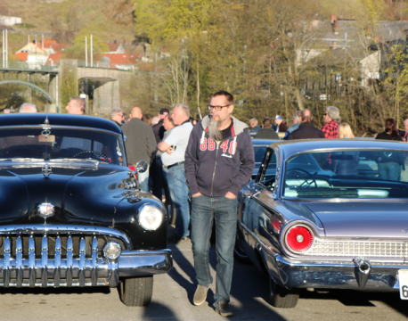 Nå er vi i gang!      Halden Cruise Night