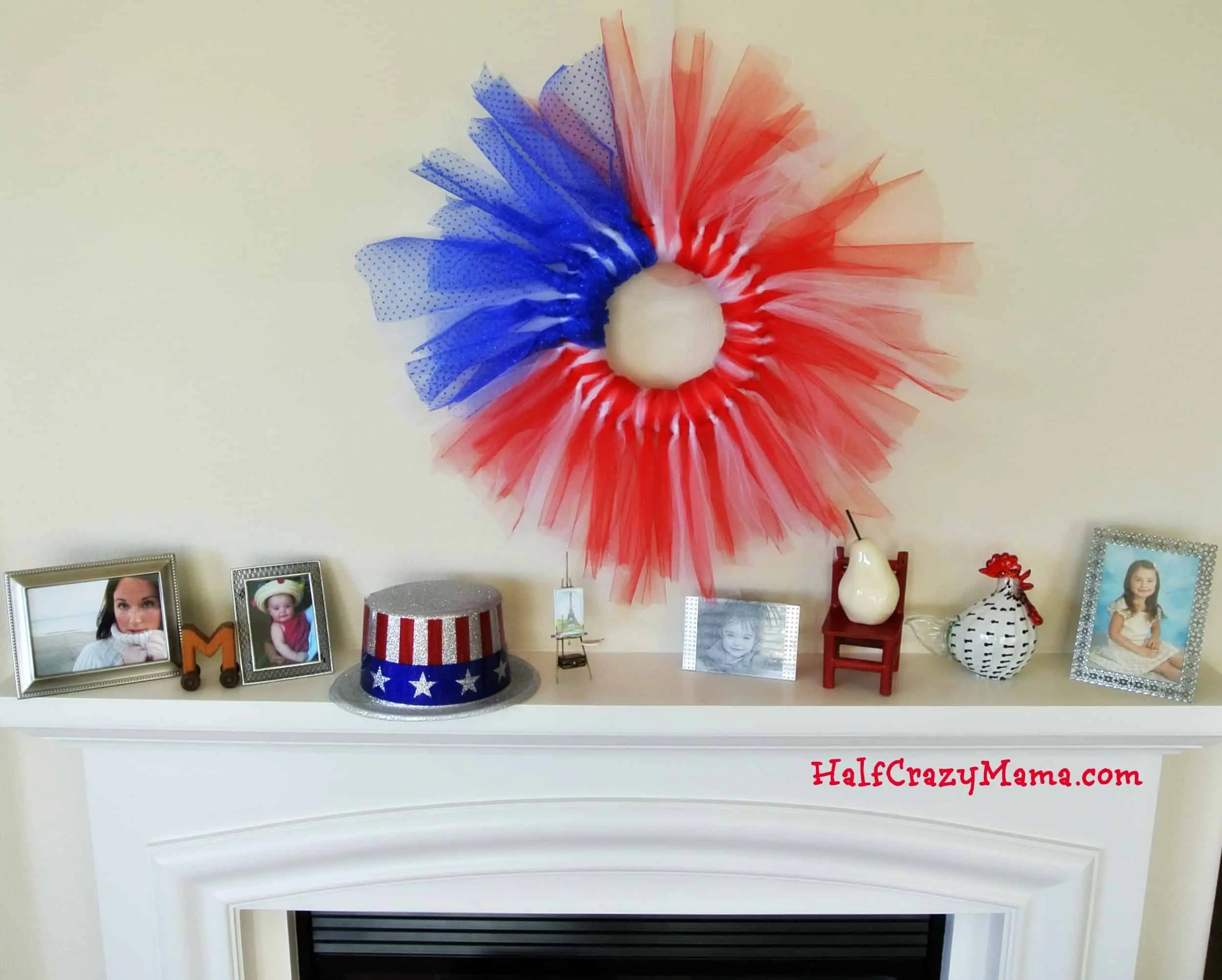 4th july wreath mantle