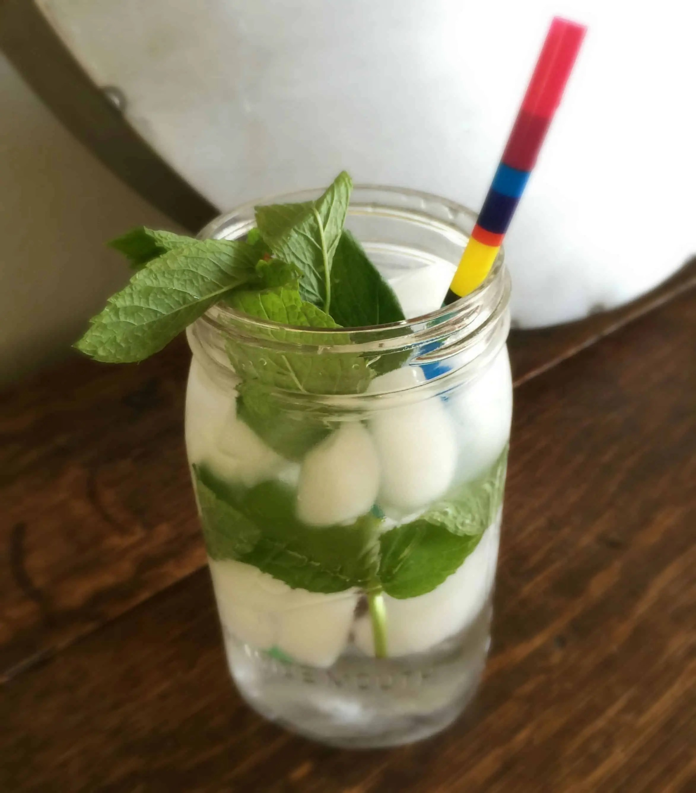 water_with_mint