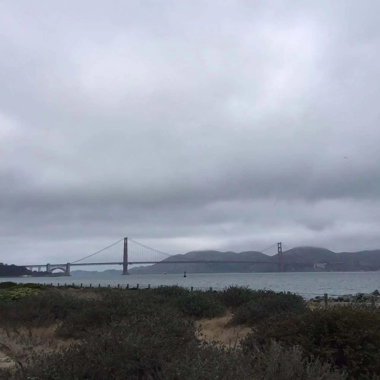 giant_race_golden_gate_bridge