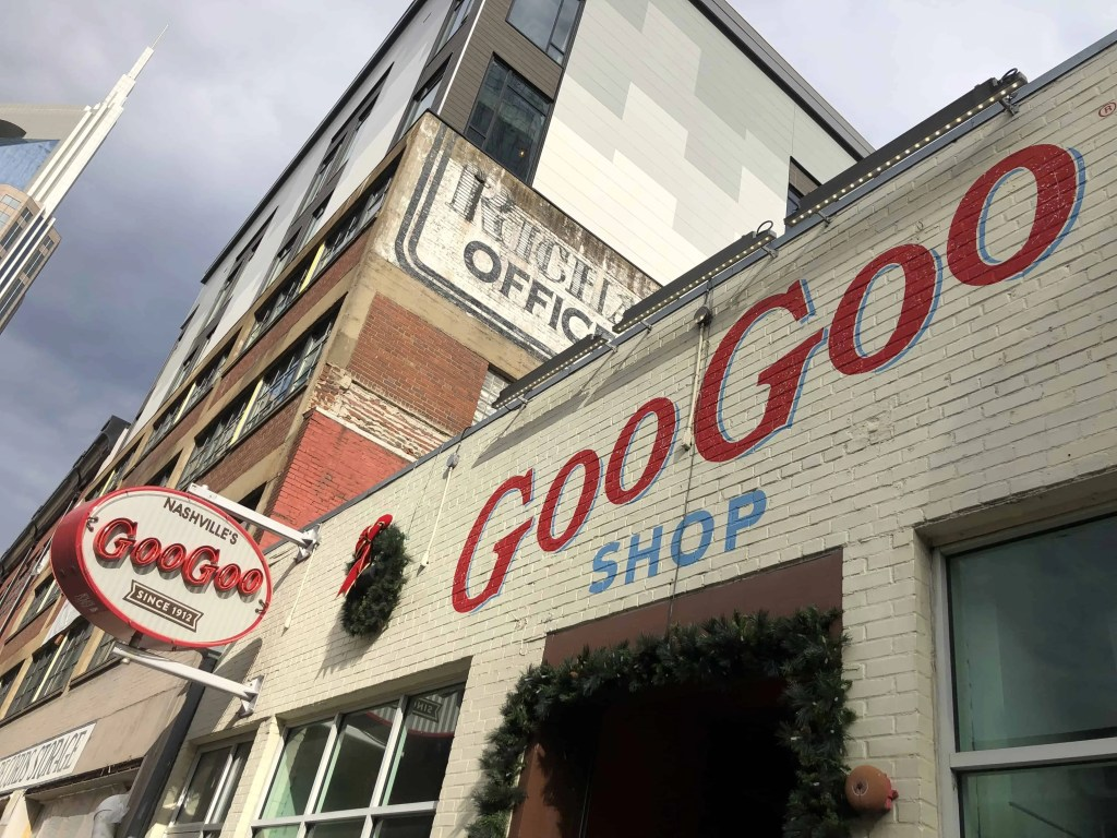 Goo Goo Shop Sign in Nashville