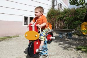 Samuel Prucha testing the bouncy stick car in Cesky Krumlov