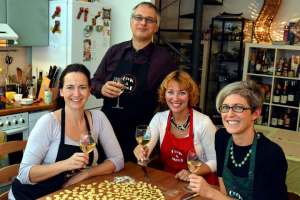 Italian cooking in cook and meet class