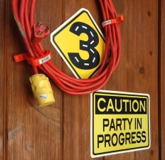 Construction 3rd birthday party blast | Halfpint Party - Extension cord wreath with warning signs and #3