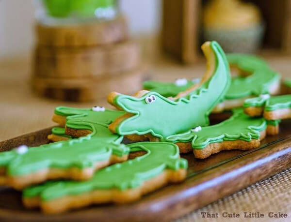 Crocodile Party cookies. Greenery Inspired Parties   Halfpint Design - I love these cute little cookies!