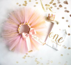 Planning Your First Children's Birthday Party | Halfpint Design - The perfect party outfit for a little girl's first birthday celebration