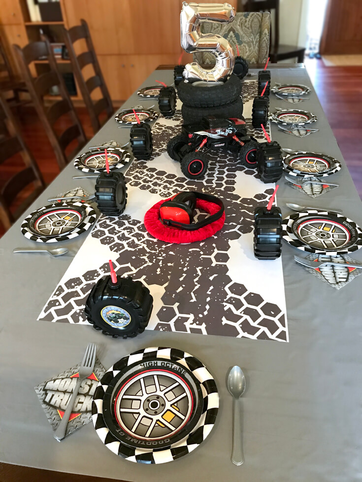 Table decor for a Monster Truck Birthday Party Smash! Halfpint Design with Party Printables from HalfpintPartyDesign on Etsy. Boy party theme. 5th birthday.