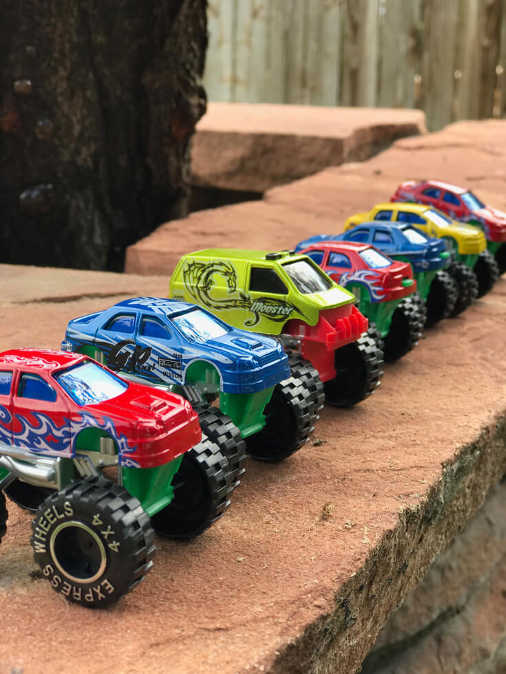 And the contestants are ready....all lined up and waiting for their chance to prove themselves during the head to head racing challenge. Monster truck party activity ideas | Halfpint Design - boy party theme