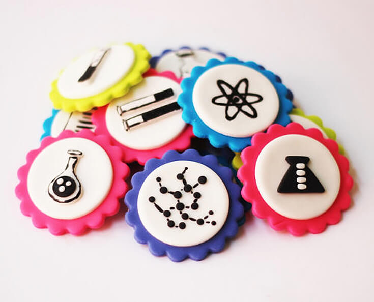 Fondant Microbiology cupcake toppers are an easy way to dress up your science party cupcakes. Mad Science Party Ideas   HalfpintPartyDesign - Science Party, Science Food, STEM party, Mad Science