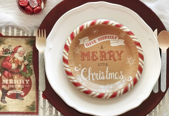 Cozy Cottage Christmas Tablescape