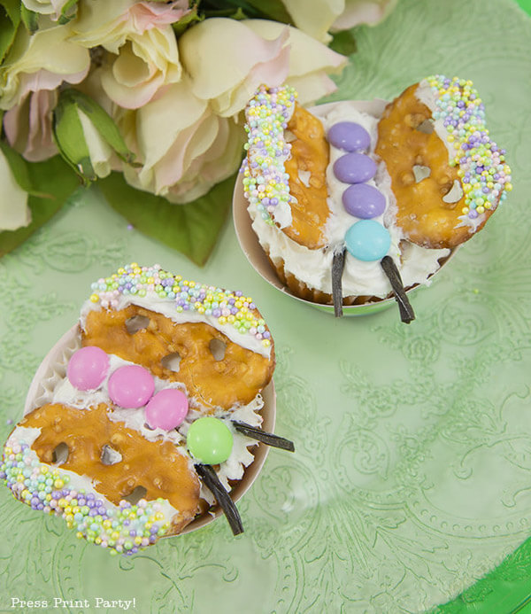 Butterfly cupcake design for an Enchanted Butterfly party.