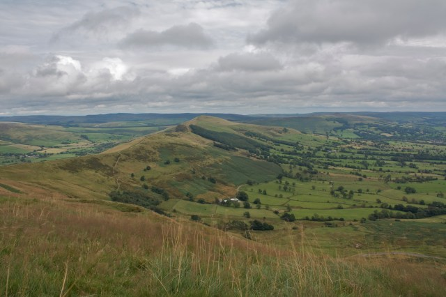 From Mam Tor along the ridge to Lose Hill