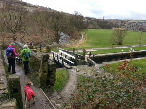 Crossing Huddersfield Narrow canal hike