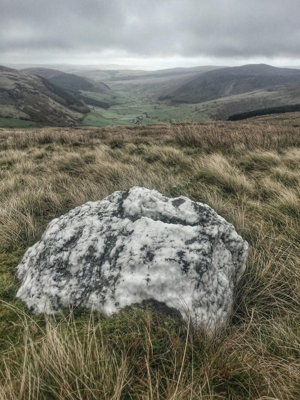 Looking towards Cwm Penmachno moors Quartz boulder hike
