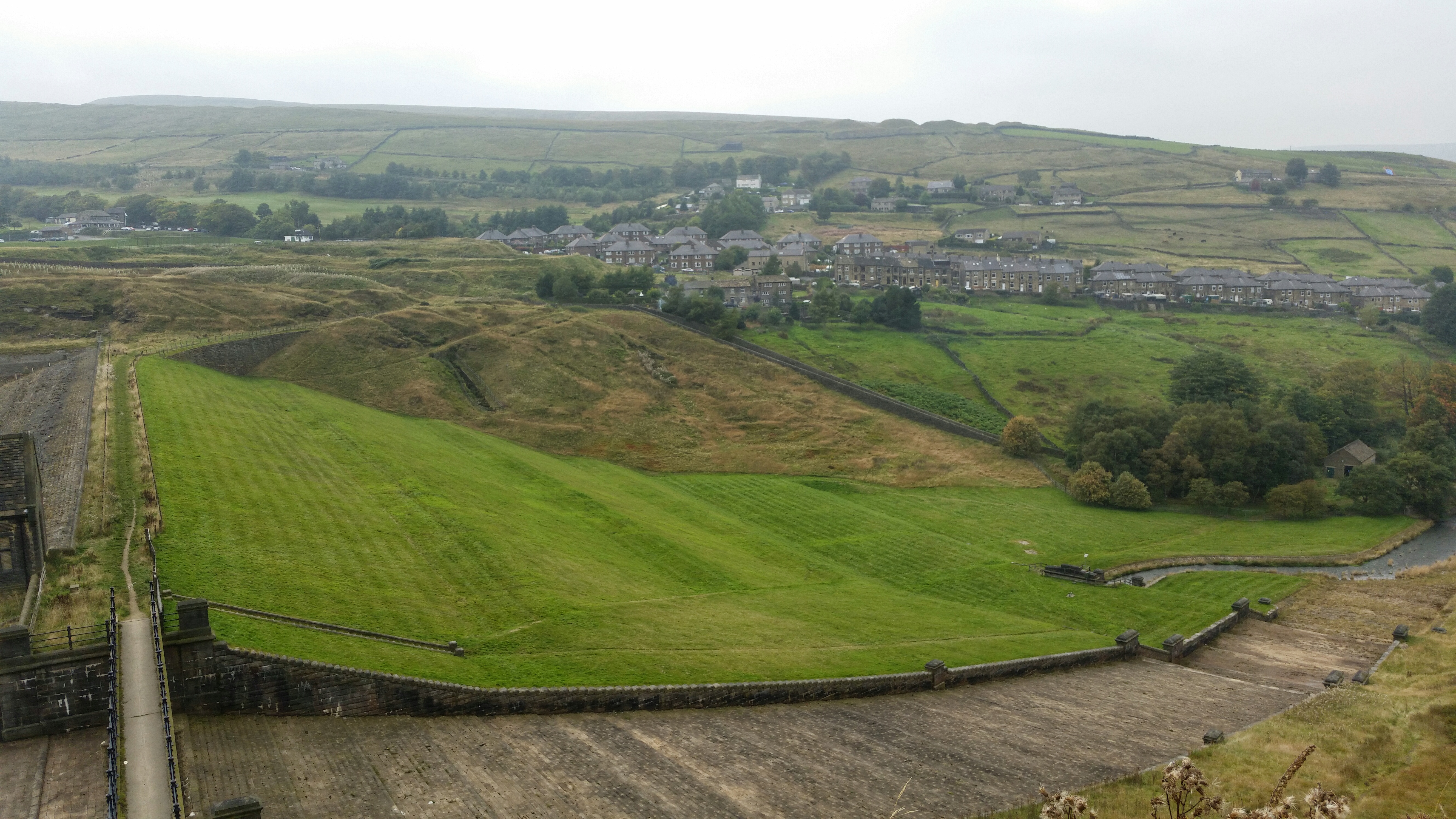 Butterley Spillway Marsden October 2015