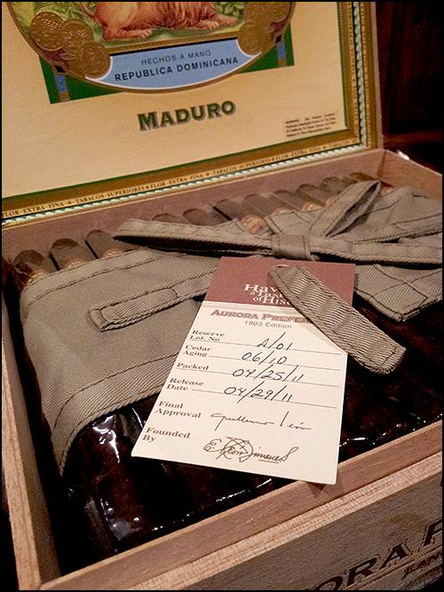 La Aurora Preferidos Maduro Lancero Original Box