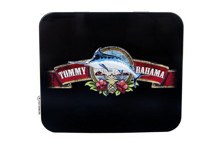 Tommy Bahama Signature & Marlin Cigar Cutter 1