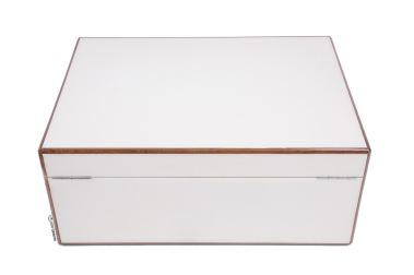 Diamond Crown St. James Peabody Humidor-closed back