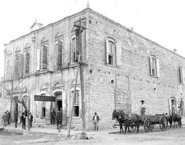 Kahn & Stanzel Building.