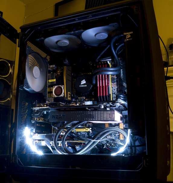Case side shot door open lights on bottomfront_Sm.png