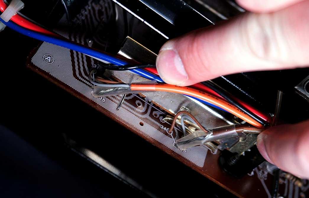 AU-517 EQ board wiring