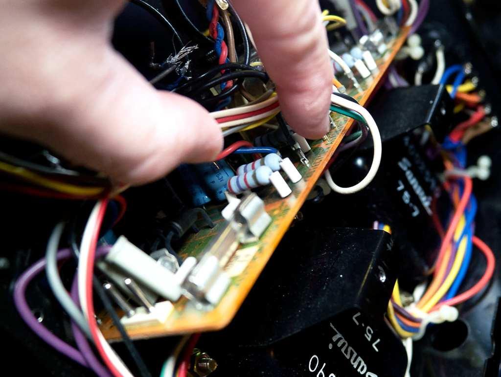 AU-517 Wiring Help
