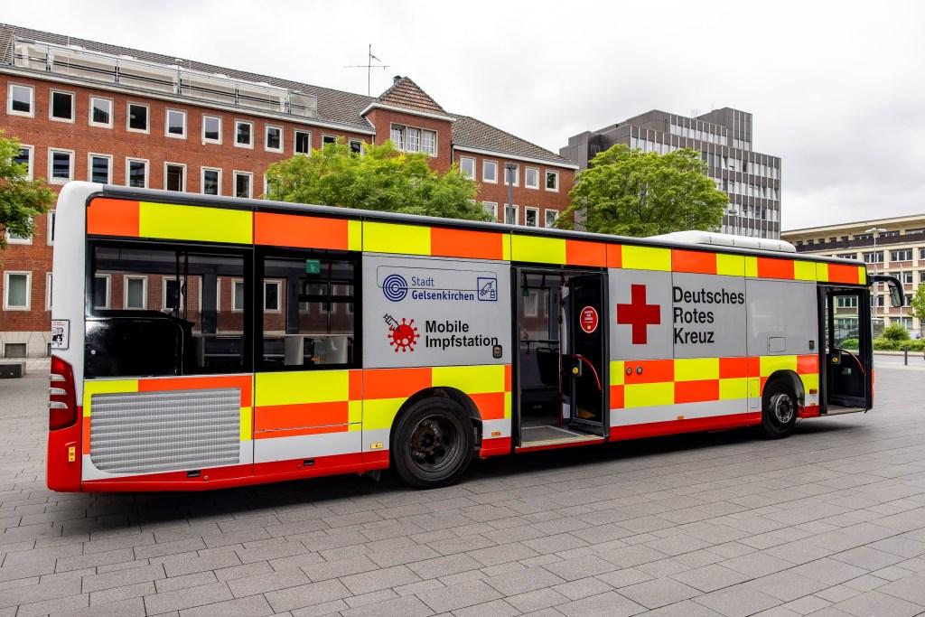 Der Impf-Bus hat sich laut Stadt in Gelsenkirchen bewährt. Rund1.800 Menschen haben seit 17. Juli das Angebot genutzt.