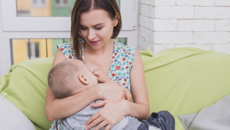 Bukan Cuma Perlancar ASI, 5 Manfaat Daun Katuk untuk Ibu Menyusui
