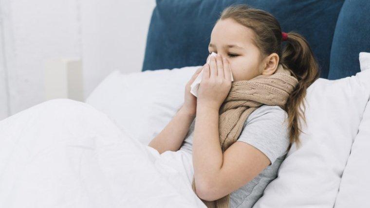 Jangan Sepelekan, Ini 7 Gejala Difteri Pada Anak dan Cara Mengobatinya