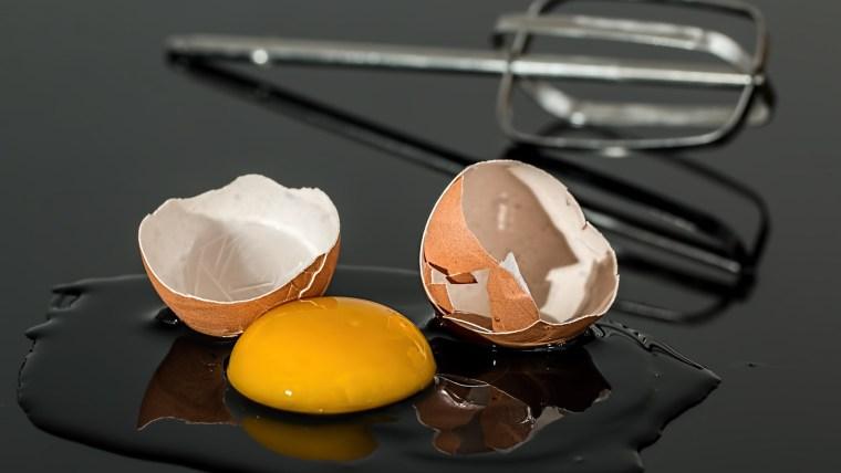 Pengen Tahu Cara Masker Putih Telur? Coba 4 Resep Praktis Ini