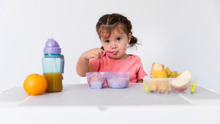 Ingin Anak Cerdas Sejak Dini? Coba 7 Menu Makanan MPASI Ini!