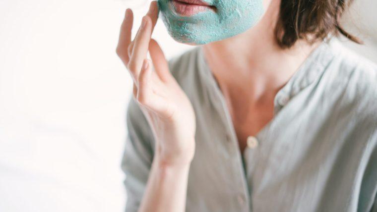 Cara Menghilangkan Komedo Membandel dengan Masker Wajah dan Baby Oil