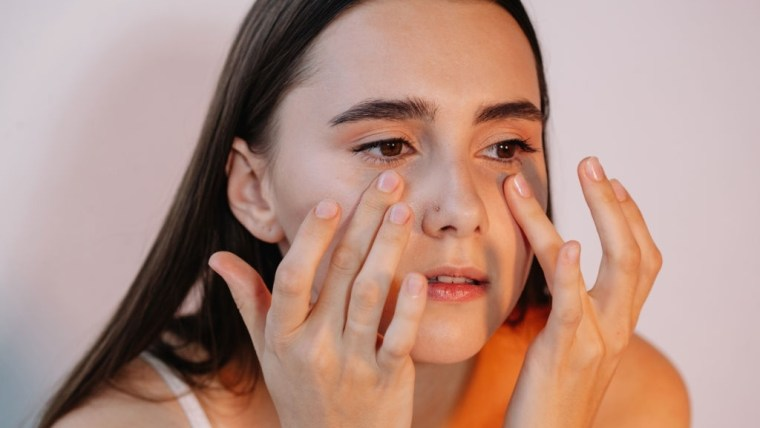 Bekas Jerawat Hilang, Ini 5 Manfaat Luar Biasa Minyak Zaitun untuk Wajah