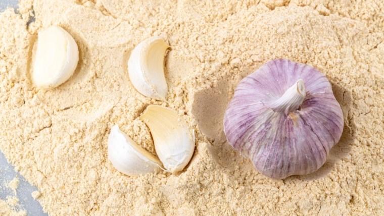 Bawang Putih Bubuk: Cara Mudah Konsumsi Bawang Putih