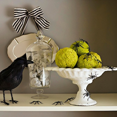 bhg-halloween-decorating-1
