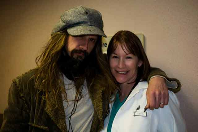 Rob Zombie and Caroline Williams on the set of 'Halloween II'.